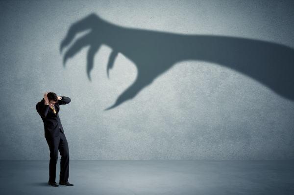 恐怖を克服する方法